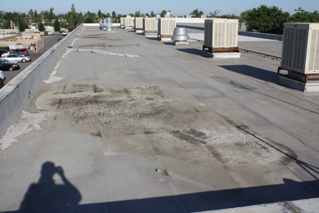 The Key Differences Between Flat Roof and Gable Roof Repair