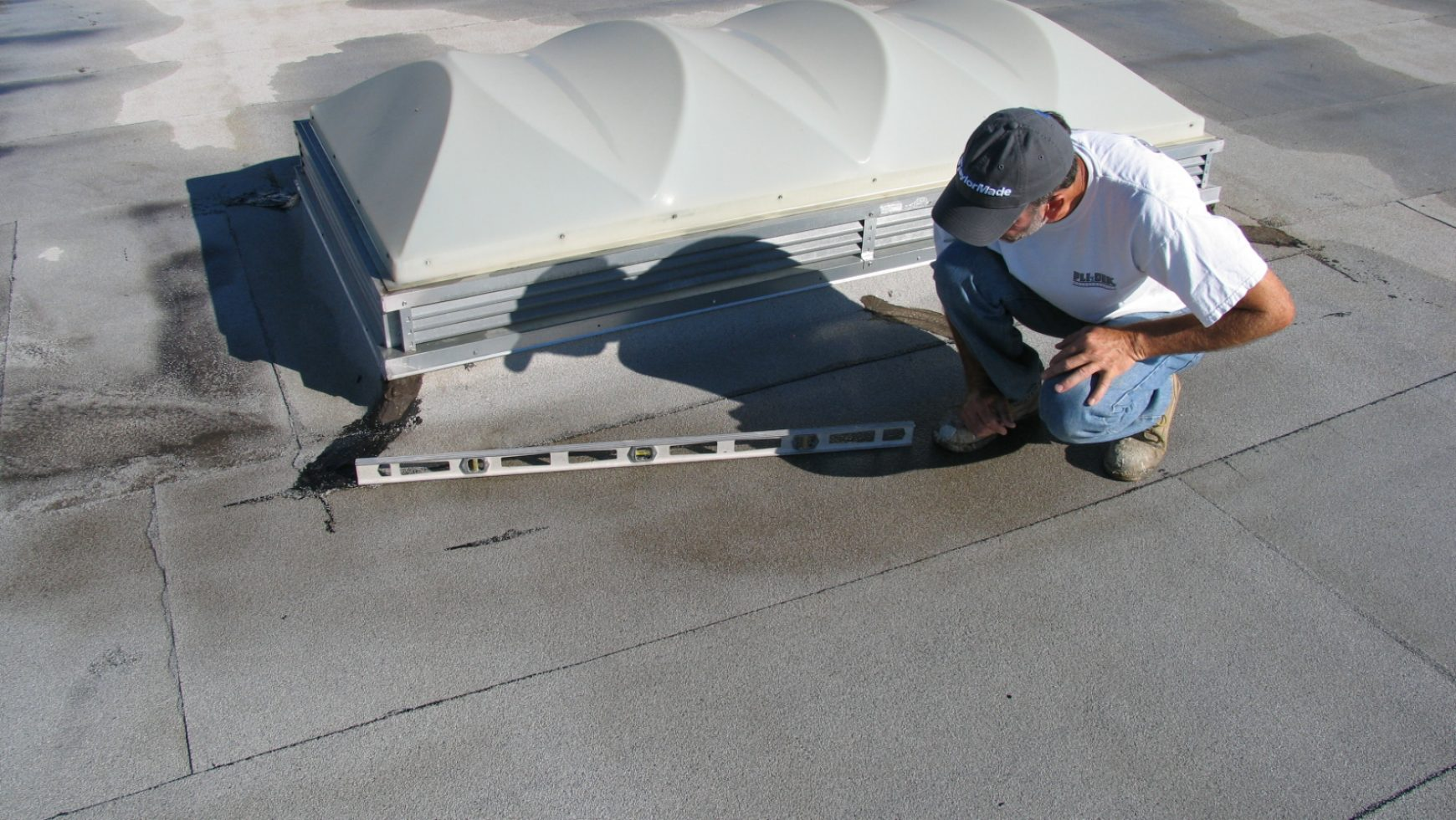 Flat Roof Issues That Are Easy To Fix: Problems You'll Face if Not Fixed in Time