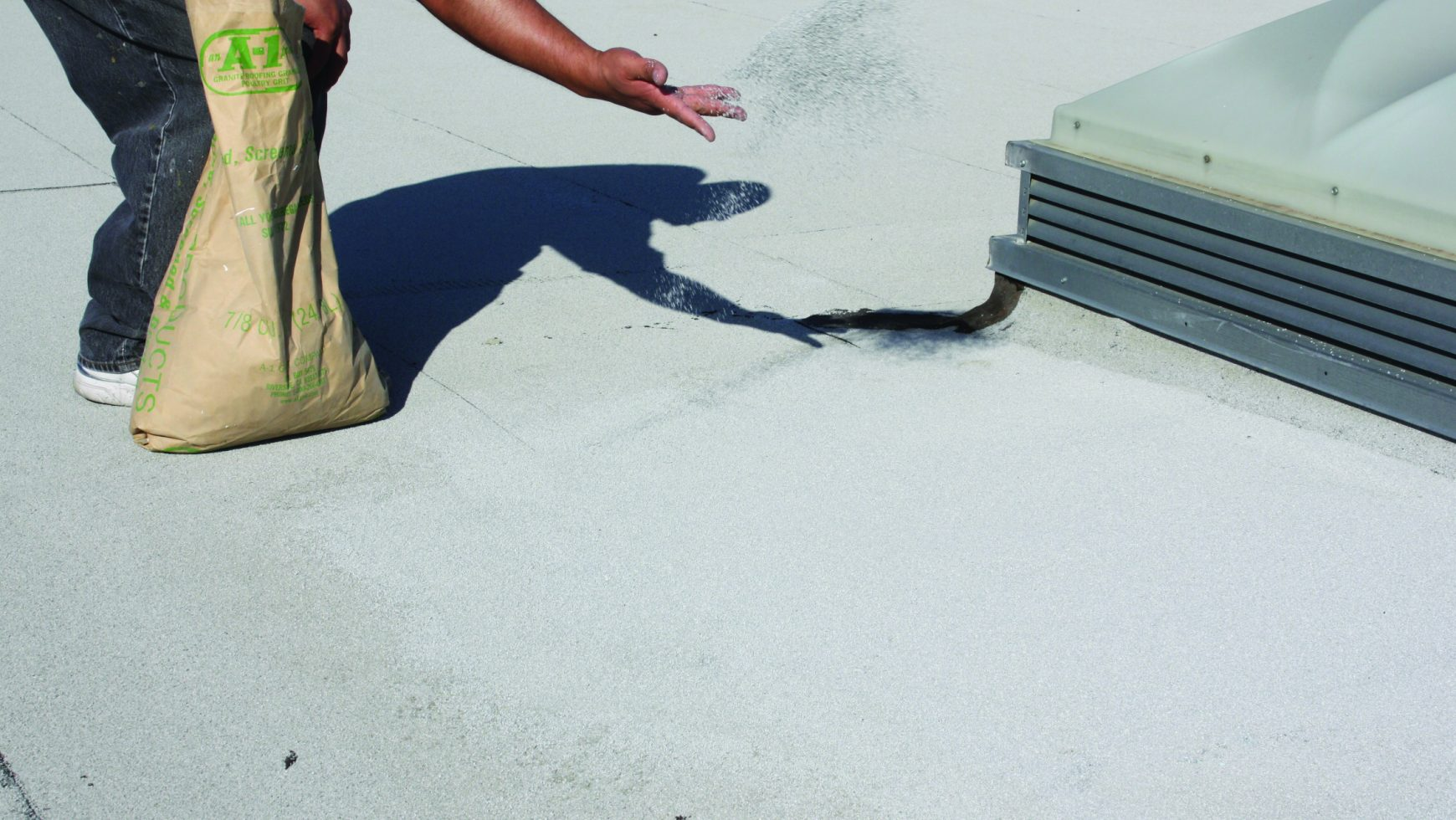 Roofing Granules & Their Role on Flat Commercial Roofs