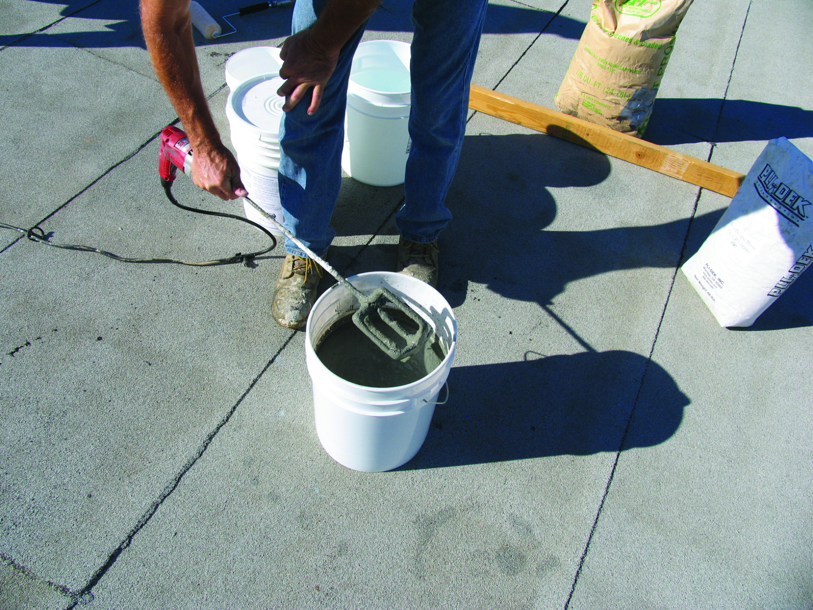 The Ins and Outs of Roof Leveling Compounds
