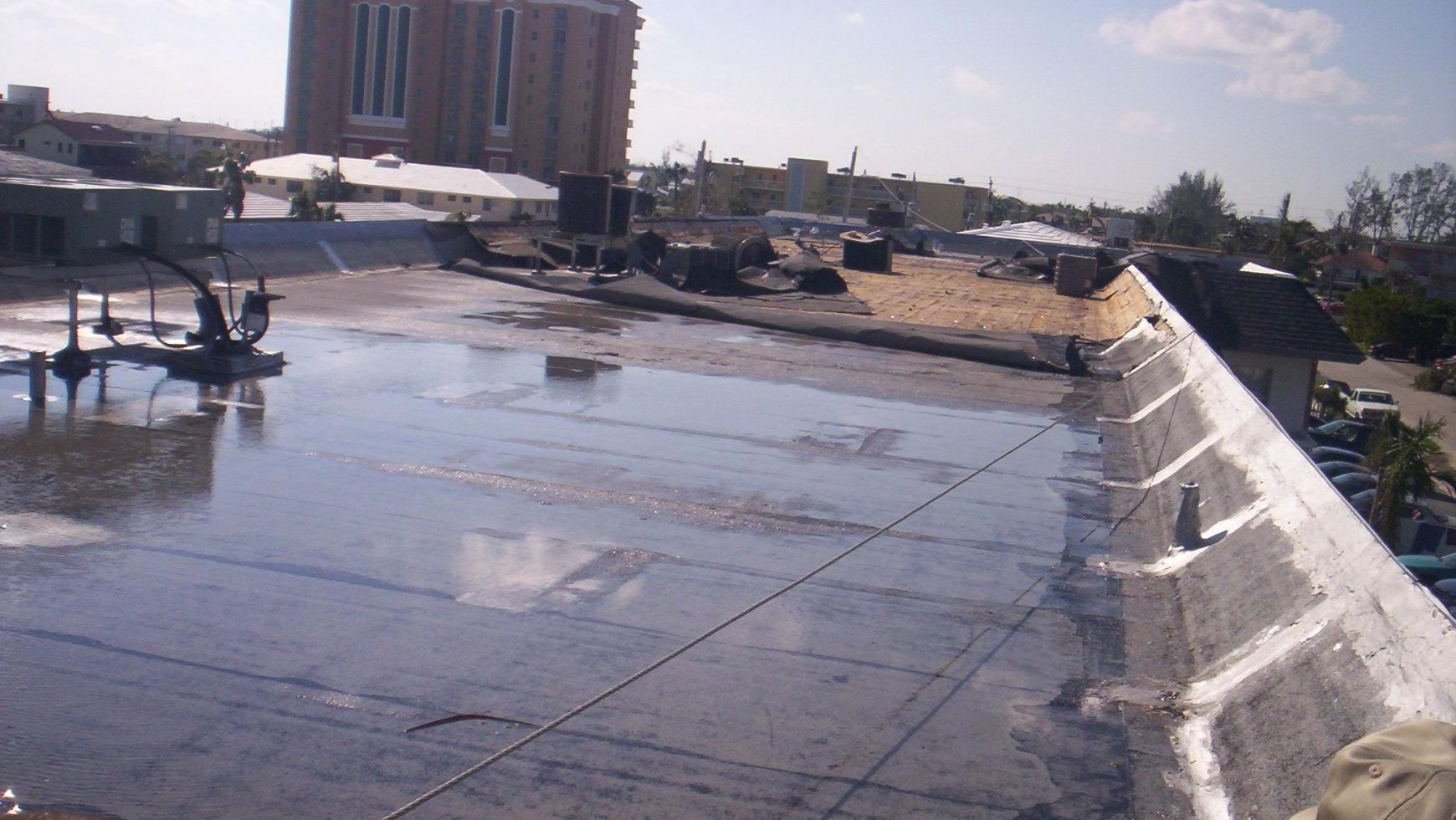 The Most Common Issues with Flat Commercial Roofs
